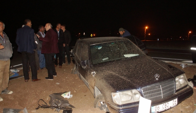 Ankara'da iki otomobil çarpıştı: 5 yaralı