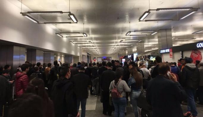 Atatürk Havalimanı'nda şüpheli çanta paniği