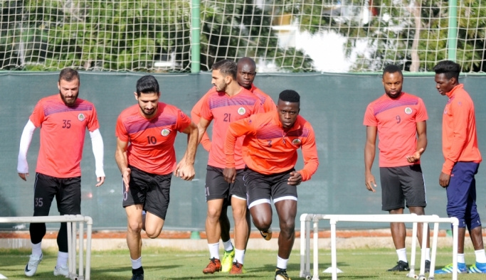 Aytemiz Alanyaspor'da Evkur Yeni Malatyaspor maçı hazırlıkları