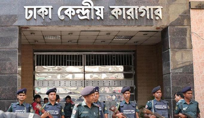 Bangladeş tartışmalı idamlarına yenilerini ekledi