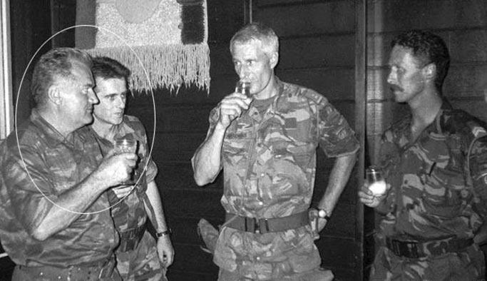 Bosna Kasabı Mladiç'e müebbet verildi