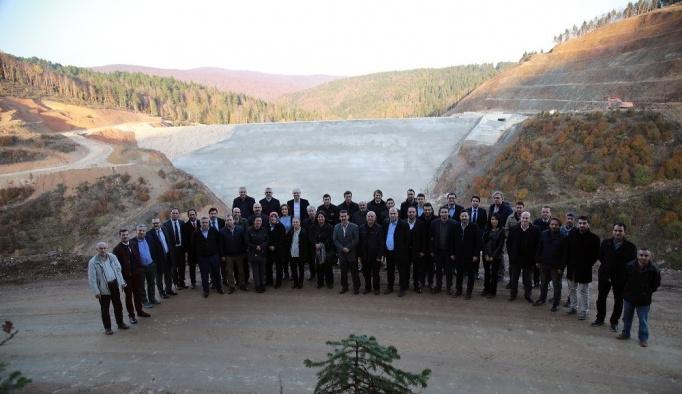 Büyükşehir bürokratları Akçay barajını inceledi