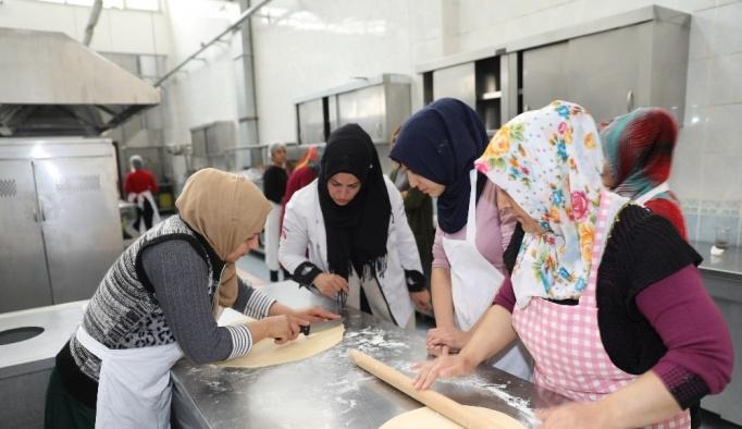 Büyükşehir, Diyarbakırlılara meslek öğretiyor