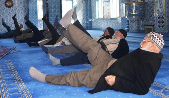 Camide beş vakit namazdan sonra bir vakit spor
