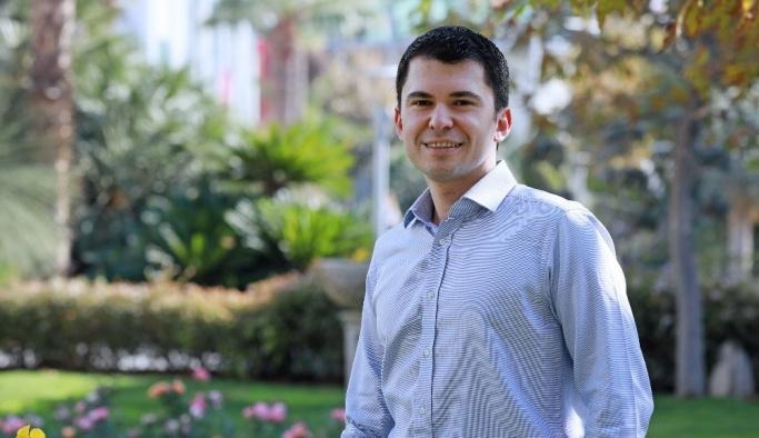"""Dr. Karabaşoğlu: """"Yerli otomobil, yerli ve yenilenebilir enerji kaynağı ile çalışmalı"""""""
