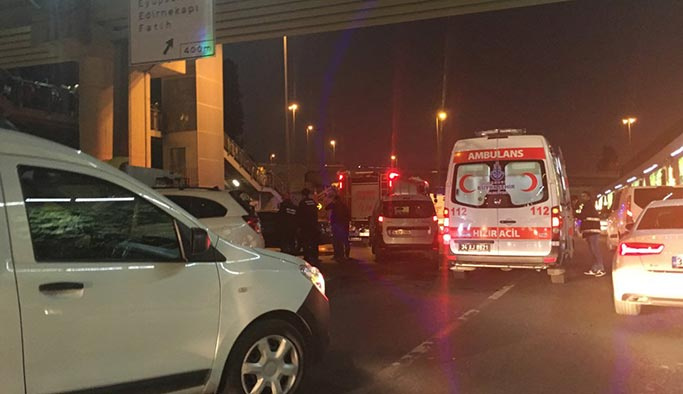 E-5'te mesai çıkışı trafiği kilitleyen kaza