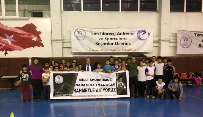Efsane Halterci Süleymanoğlu'nu andılar