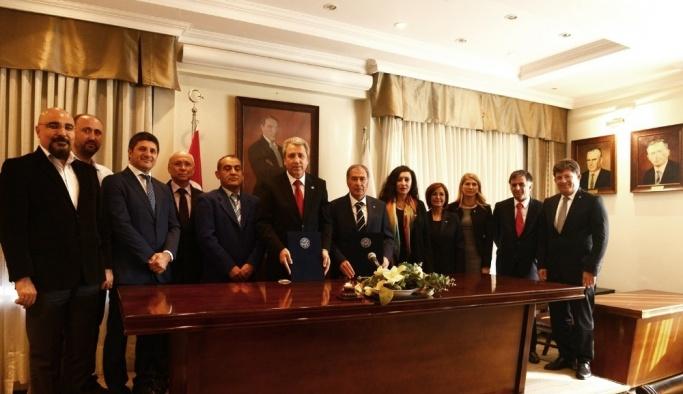Ege Üniversitesi-KKTC işbirliği devam edecek