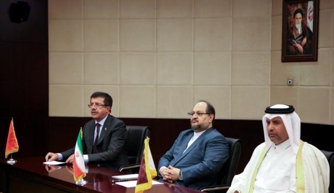 Ekonomi Bakanı Nihat Zeybekci İran'da