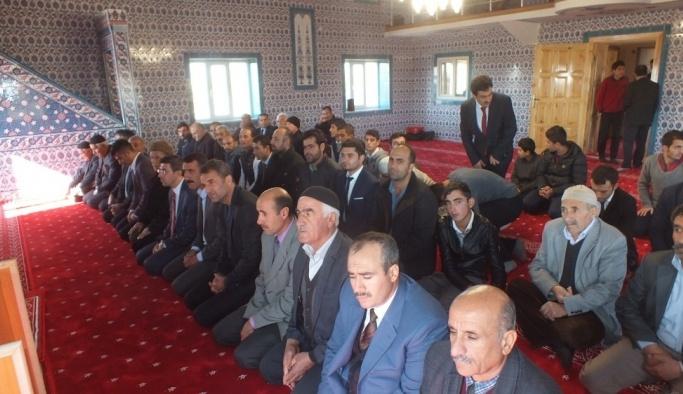 Hayırsever ailenin yaptırdığı cami törenle hizmete açıldı