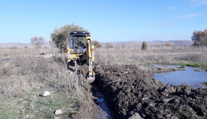 İnönü Belediyesi çiftçinin taleplerini yerine getirmeye devam ediyor