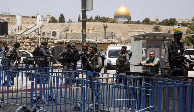 İsrail, Avrupalı 7 milletvekilini Filistin'e sokmadı