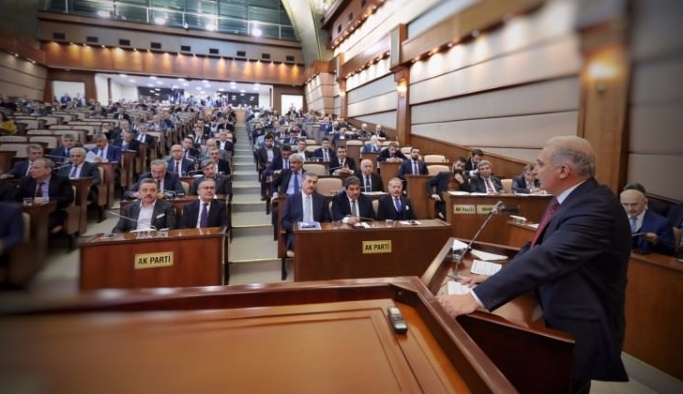 'İstanbul'daki bütün rant bölgelerinde CHP'liler oturuyor'
