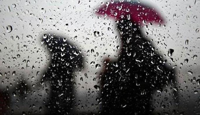 İstanbul'a gece yarısından itibaren yağış geliyor