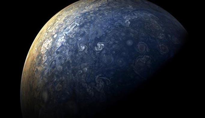 Jüpiter'in en son hali görüntülendi