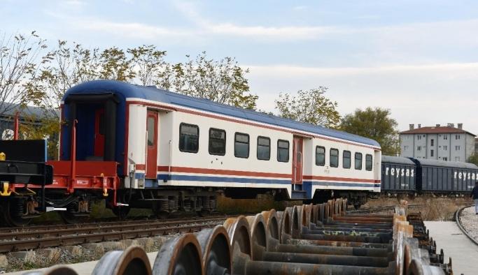 Kepez'e tren geliyor