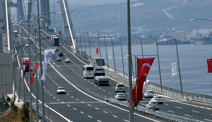 Köprüde ambulansa ceza kesildi