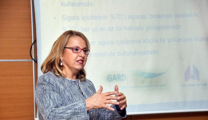 """Prof. Dr. Kalpaklıoğlu: """"KOAH yeterince bilinmiyor"""""""