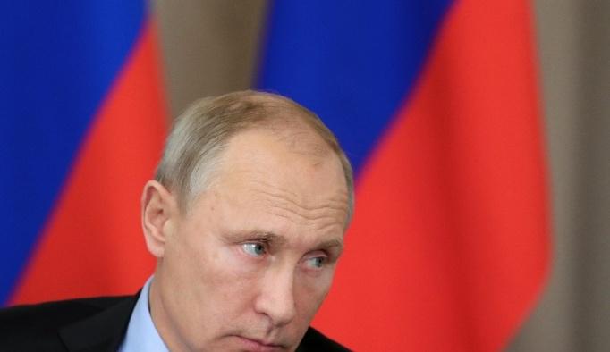 Putin'in görevi bırakabileceği iddiası