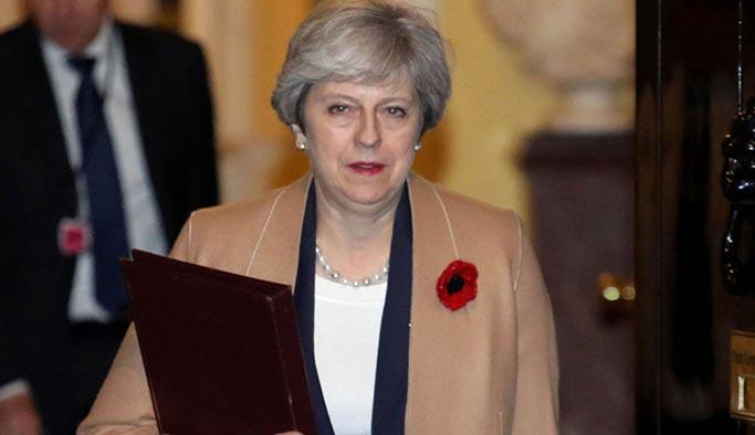 Rusya, İngiltere Başbakanını 'tiye aldı'