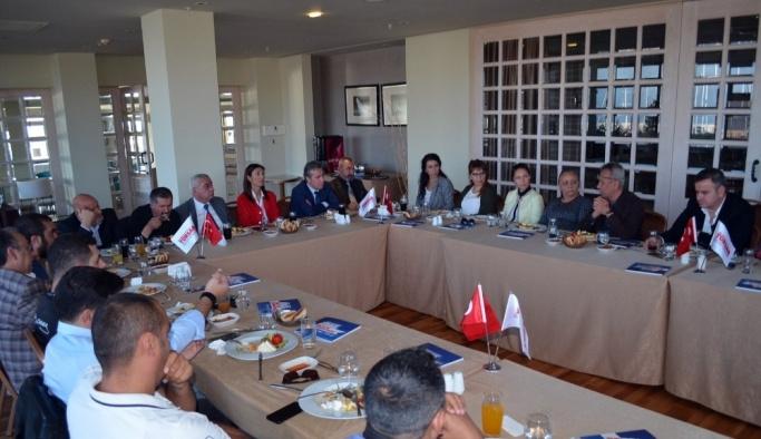 TÜRSAB Genel Sekreteri Gürcün, Didimli acentelerle bir araya geldi