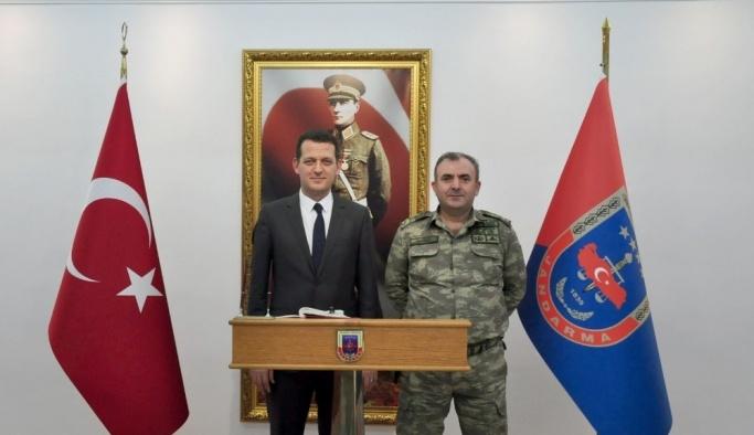 Ürkmezer'den Albay Çakmak'a hayırlı olsun ziyareti