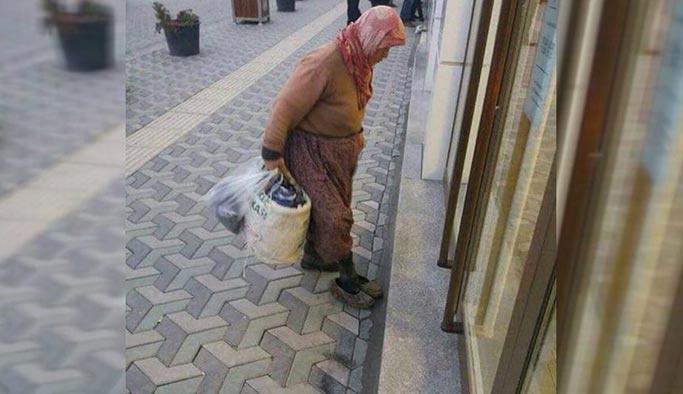 Yaşlı teyze bankaya çamurlu ayakkabılarını çıkararak girdi