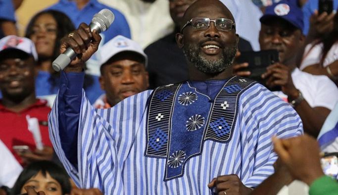 Afrika'nın efsane futbolcusu devlet başkanı oldu