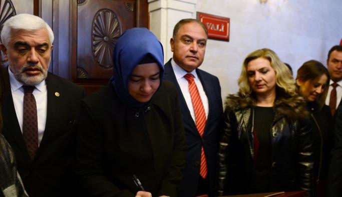 Aile ve Sosyal Politikalar Bakanı Kaya Kilis'te