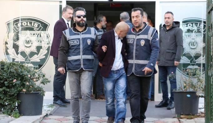Antalya merkezli 4 ilde otomobil dolandırıcılığı: 7 gözaltı