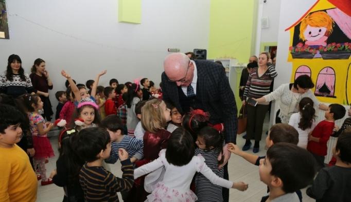 Başkan Kurt miniklerle yeni yıl kutlamasına katıldı