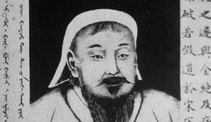 Cengiz Han'ın portresini çiğneyen Çinli'ye ceza