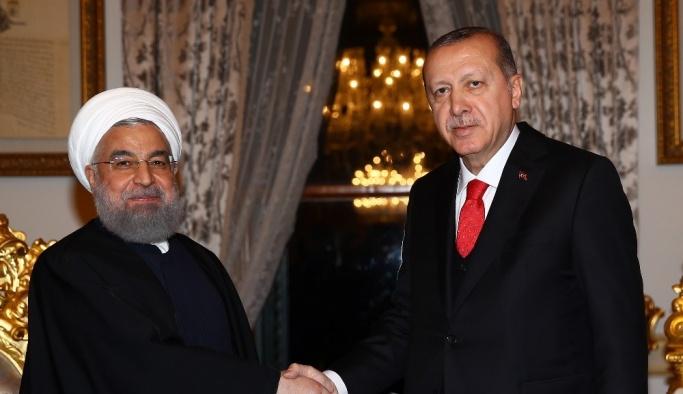 İİT zirvesi sonrası Erdoğan-Ruhani görüşmesi