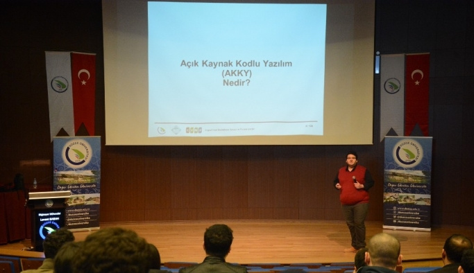 Düzce Üniversitesi'nden Coğrafi Bilgi Sistemleri konulu konferans