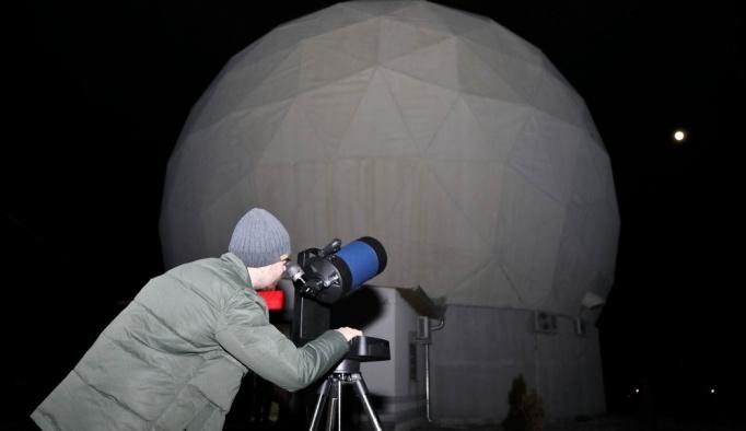 ERÜ'de halka açık ay gözlem etkinliği düzenlendi