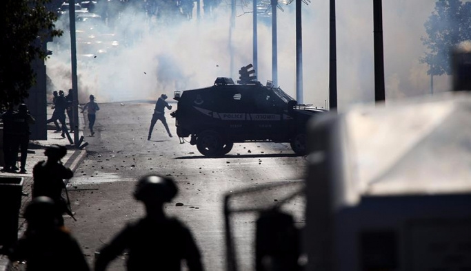 İslam dünyası Kudüs için ayakta, Filistin'de Cuma çıkışı gerginlik