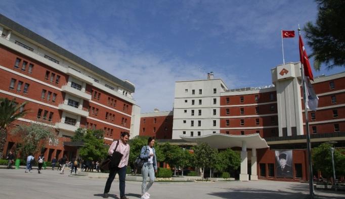 İzmir Ekonomi, girişimcilik ve yenilikçilikte 22. sıraya yükseldi