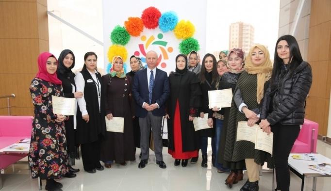 Kocasinan Akademi'de sertifika heyecanı