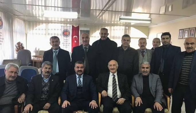 """MHP İl Başkanı Avşar: """"Muhtarlarımızı önemsiyoruz"""""""
