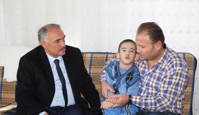 """Niğde Belediye Başkanı Rifat Özkan; """"Engelli vatandaşlarımızın her zaman yanındayız"""""""