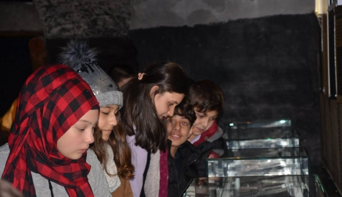 Öğrenciler maden müzesini gezdi