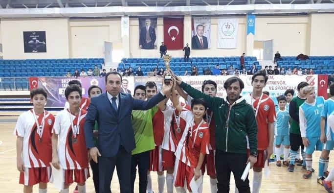 Okul Spor Futsal Yıldızlar Erkek müsabakaları sona erdi