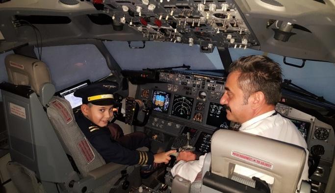 (Özel Haber) 8 yaşındaki SP hastası Aygün'ün pilotluk hayali gerçek oldu