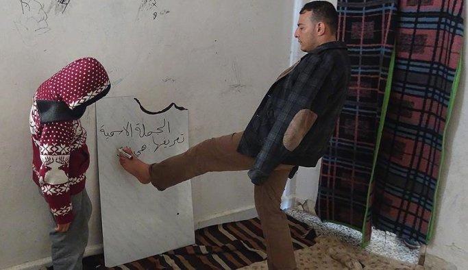 Suriyeli engelli öğretmen çocuklara umut oluyor