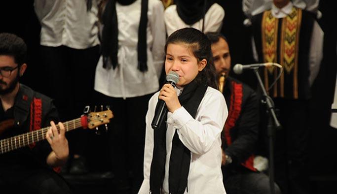 Suriyeli Ruha hem ağladı hem ağlattı: Oyun oynamaya gelmedik