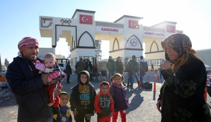 Türkiye'nin yardım eli Cerablus'ta terörün izlerini sildi