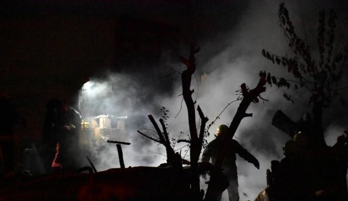 Üsküdar'da ev yangını
