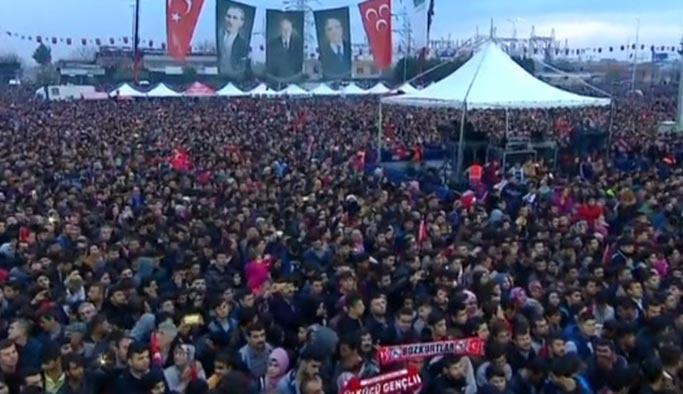 Bahçeli'den Osmaniye'den gövde gösterisi