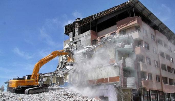 Bakanlık açıkladı: Risk taşımayan binalar yıkılamayacak
