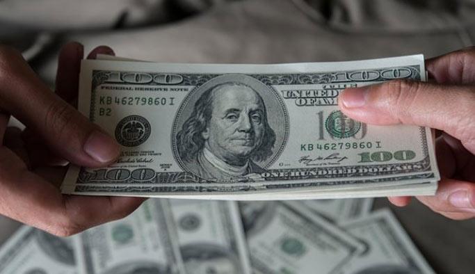 Dolar/TL haftaya 3.74 seviyesinde başladı